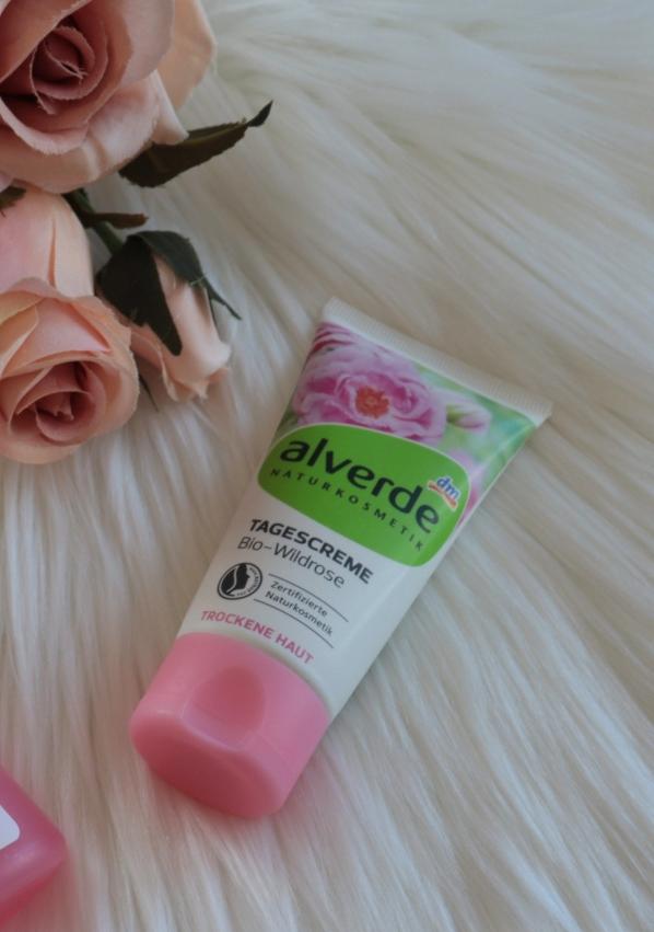 Crema giorno alla rosa selvatica di Alverde