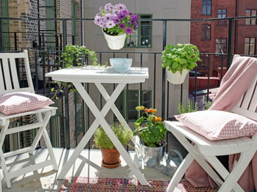 Come arredare un balcone piccolo con stile e originalità