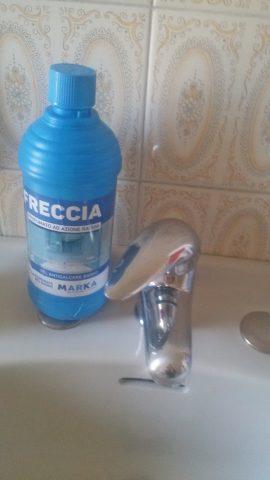 freccia detersivo anticalcare bagno marka