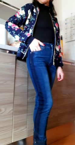 giacca con stampa floreale, jeans, zaful