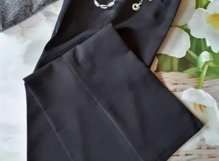Tendenze della stagione – Pantaloni larghi a vita alta