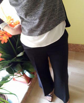 pantaloni largi a vita alta alla caviglia