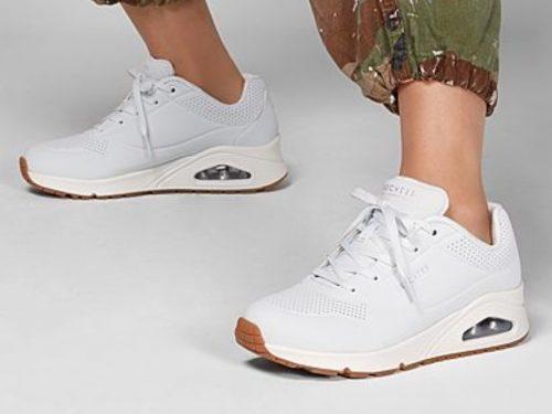 Sneakers donna – le scarpe comode e versatili che ogni donna deve avere