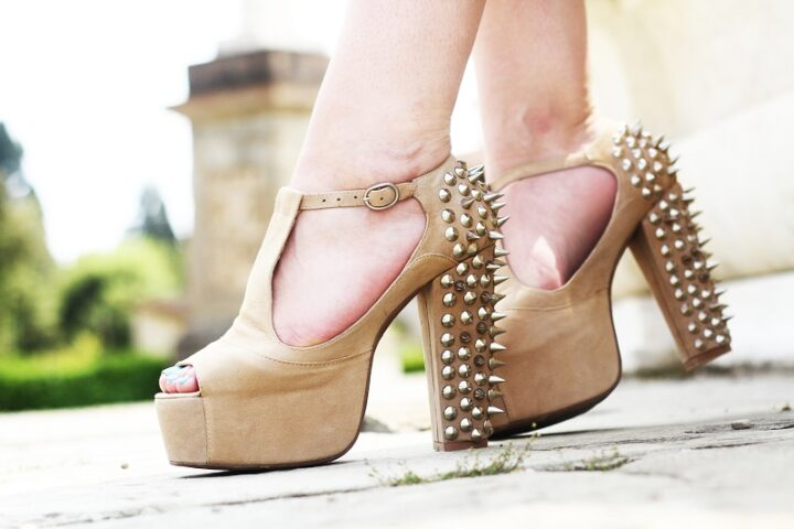 scarpe grintose Jeffrey Campbel